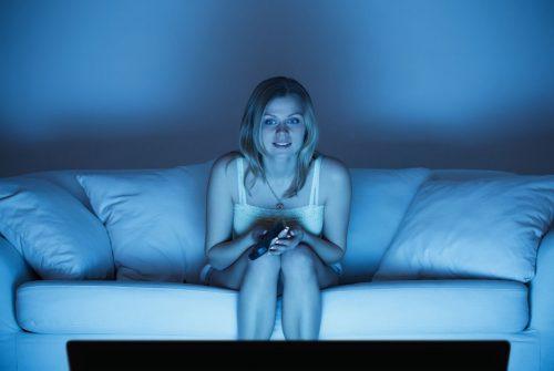 est-ce que rester éveillé tard entraîne une perte de poids