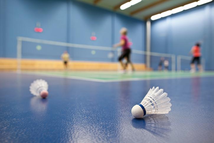 Combien de calories sont brûlées pendant une partie de badminton ? | Moovisor