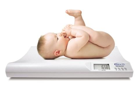 La perte de poids chez le bébé - Bébés et Mamans