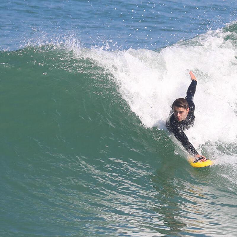 le surf peut-il vous aider à perdre du poids