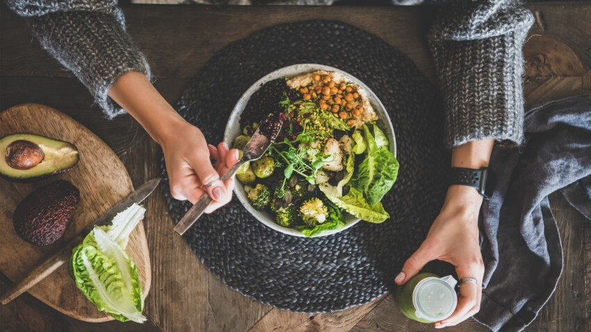 Manger moins fait-il maigrir ?   Fourchette & Bikini